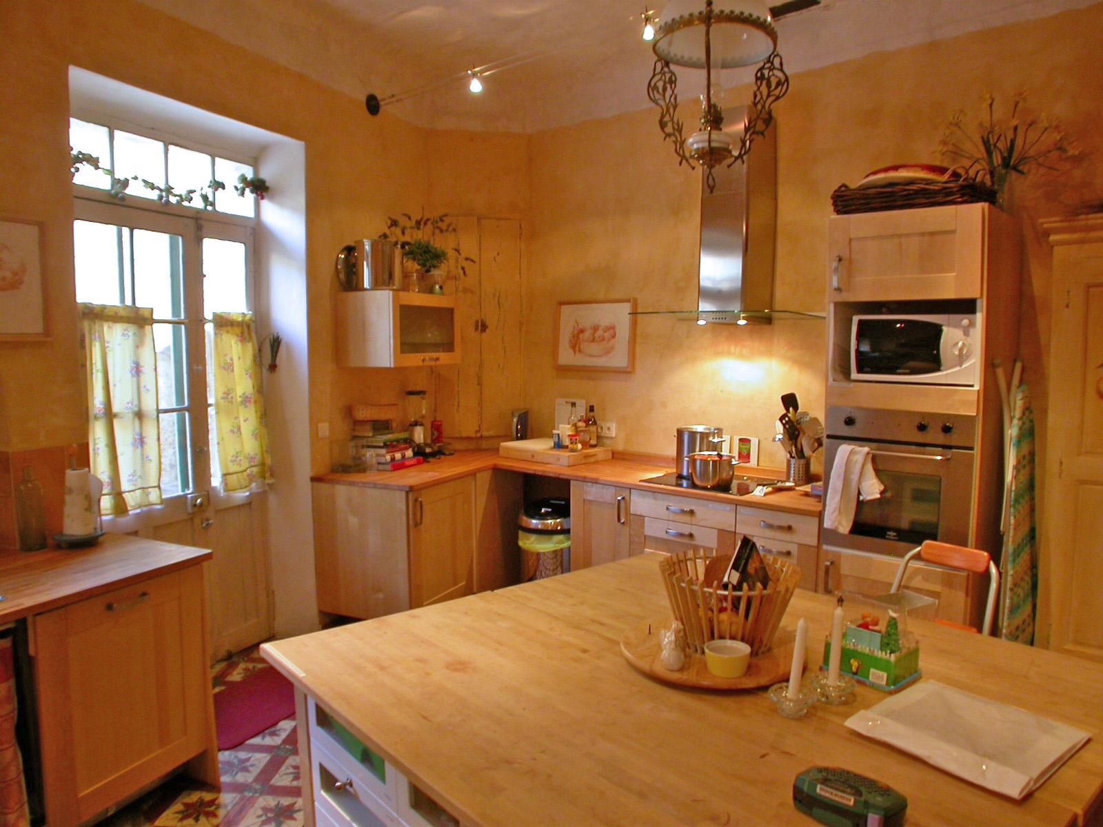Ansouis Maison de Village Provencal Vacation Rental Provence